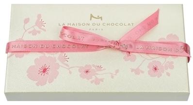春のお手みやげにいかが? ラ・メゾン・デュ・ショコラから桜色のエクレールが日本限定品発売_1_2-2