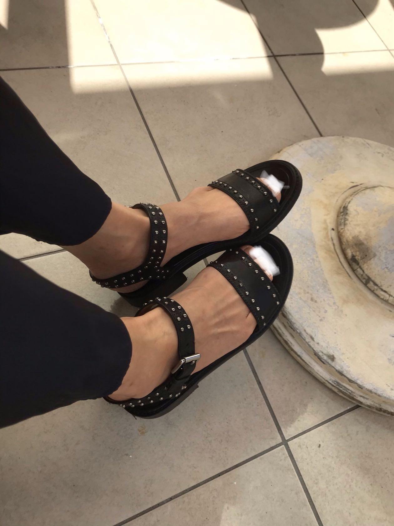カジュアルにも綺麗目にも、楽でいい靴。_1_9