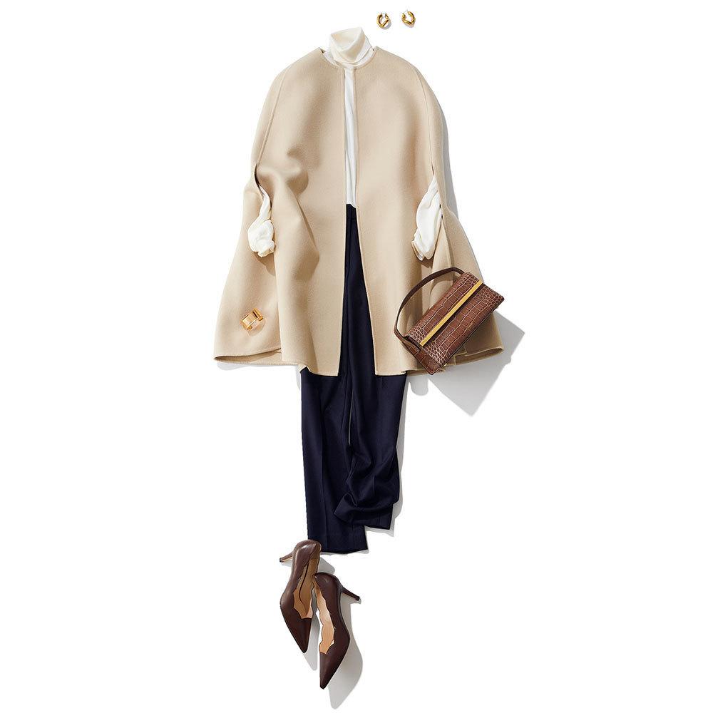 ケープコート×ネイビーパンツのファッションコーデ