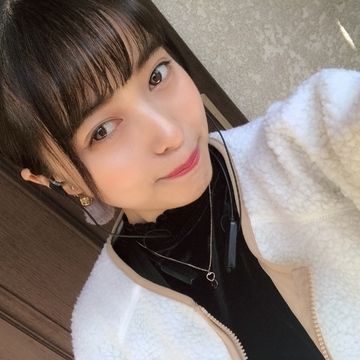 はじめまして( *˘ ³˘)♡♡♡_1_1