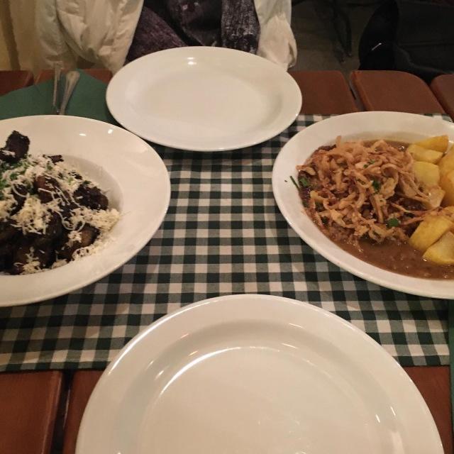 友人とオーストリア料理レストランへ_1_2