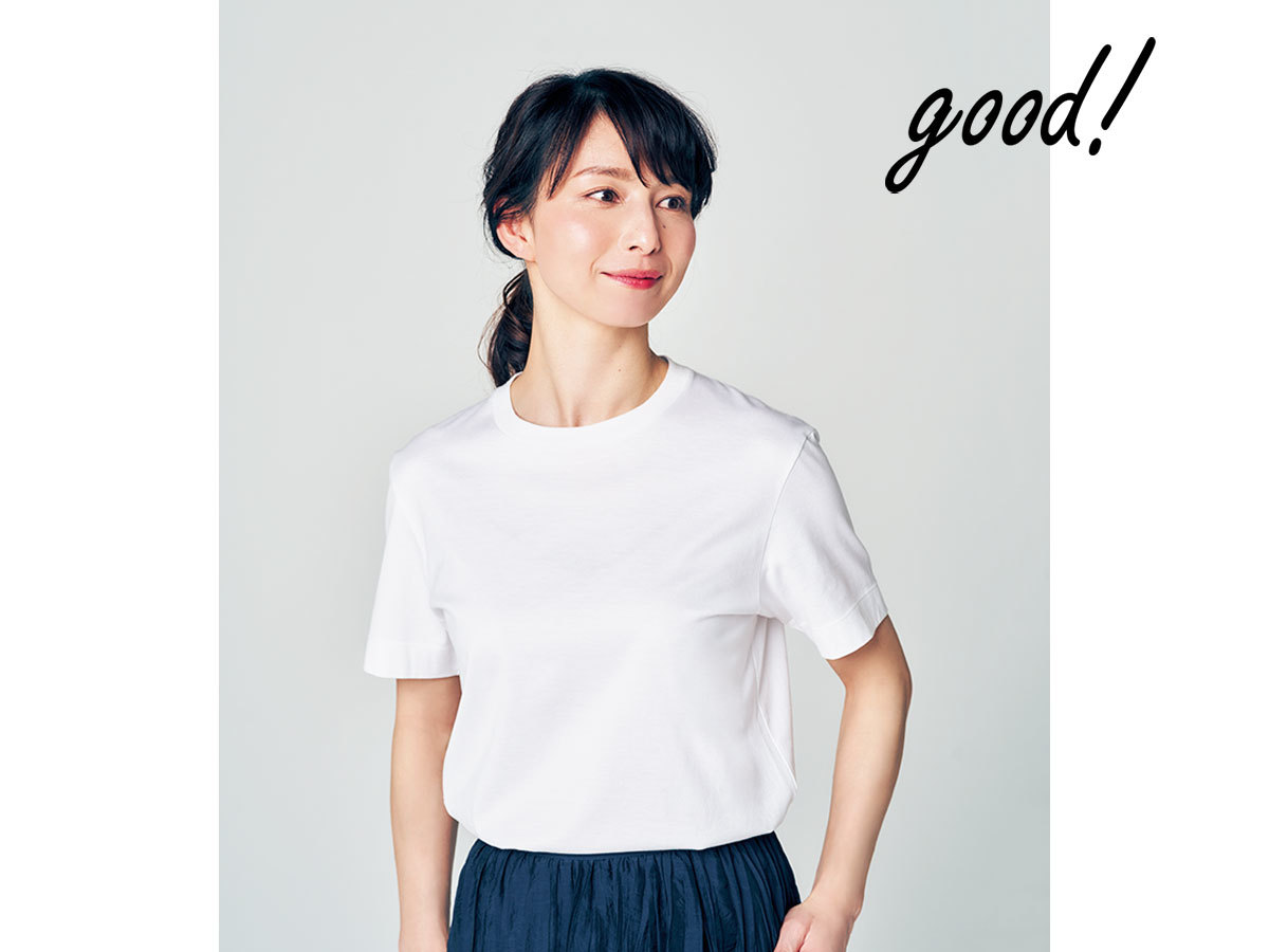なで肩と下がってきたバスト白Tシャツ4