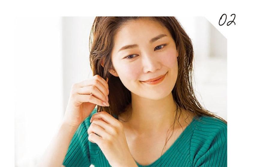 【あなたはどっちの髪質?】雨の日、アラフォーの髪がまとまらない理由とは? _1_13