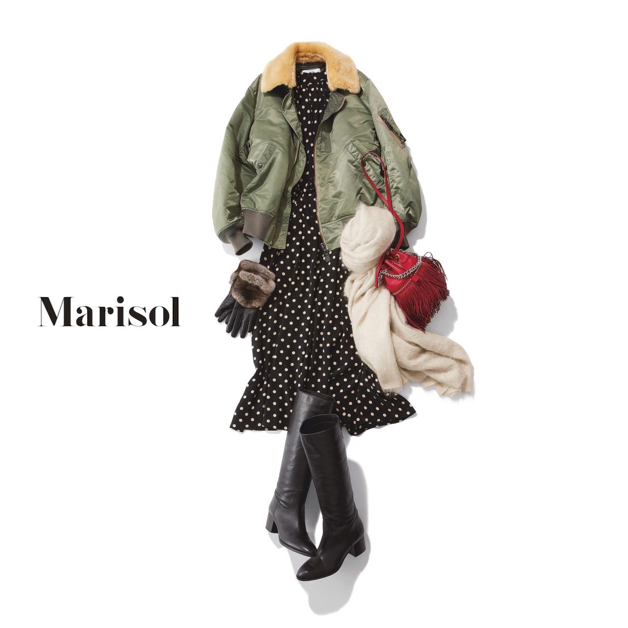 40代ファッション スポーティブルゾン×旬柄ロングワンピース×ロングブーツコーデ