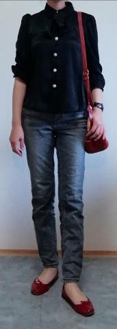 クレドランのがま口バッグとれペットのバレエシューズを差し色にして(いずれも赤です)コーディネイトしてみました。