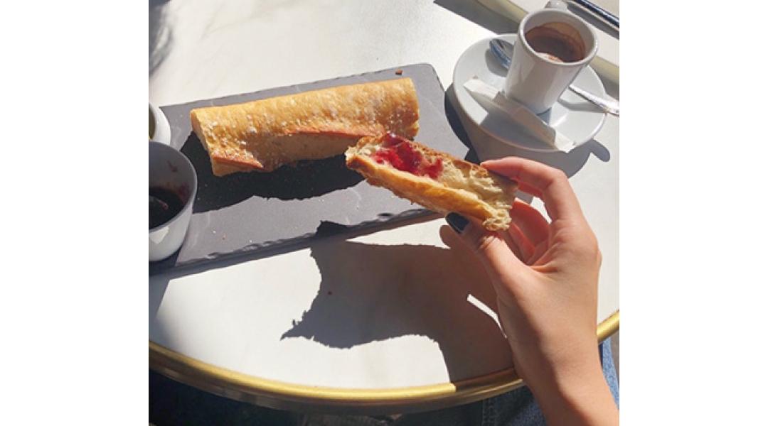 一人旅でフランスに行った時の朝ごはん