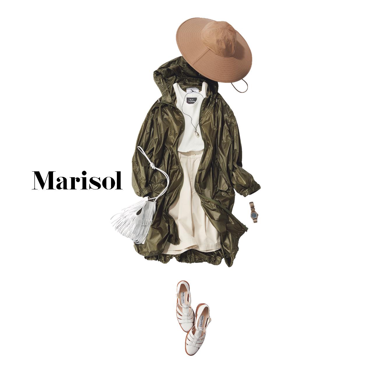 40代ファッション コート×タンクトップ×ショートパンツ×サンダルコーデ