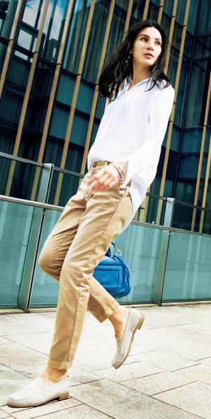 """スタイリスト・池田奈加子流 ヨーロッパ流の女らしさを表現した""""大人のチノパンツ着こなし術""""_1_1-1"""