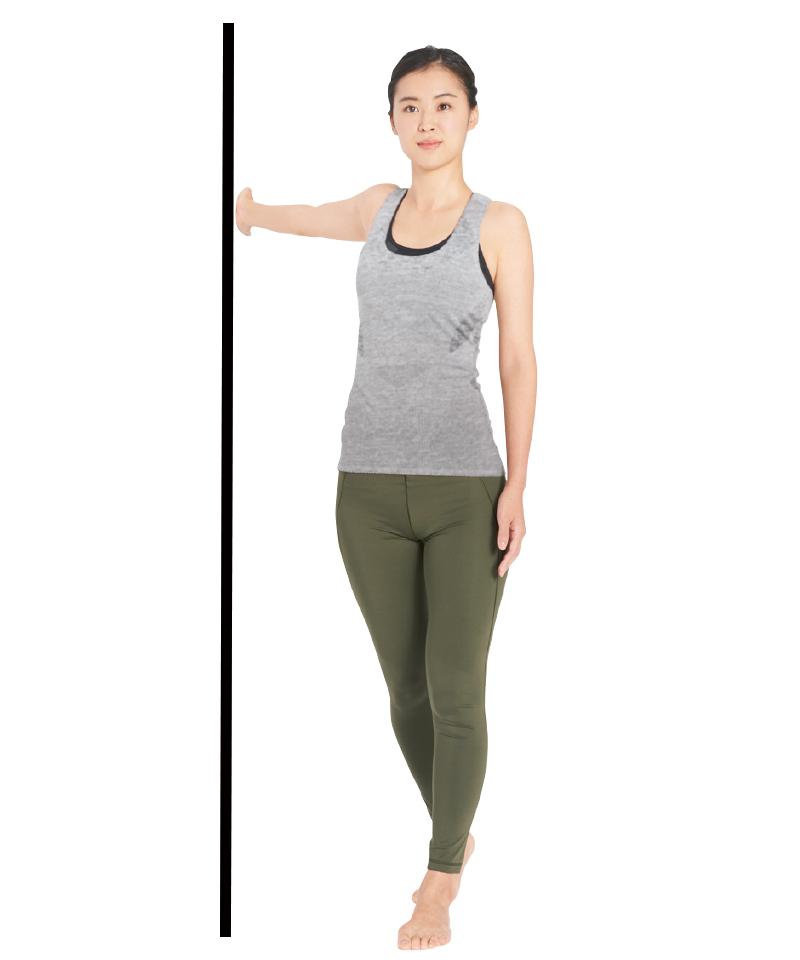 胸の筋肉をさらに伸ばし、肩甲骨を寄せるストレッチ【キレイになる活】_1_2-2
