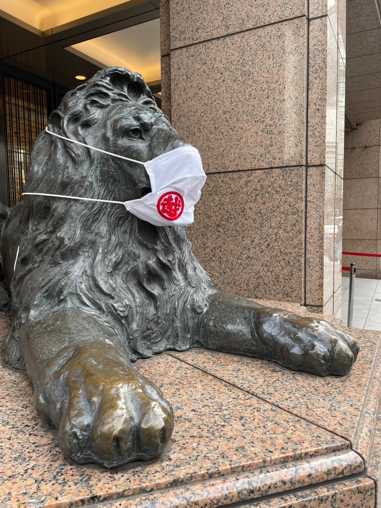 銀座三越のライオンさん