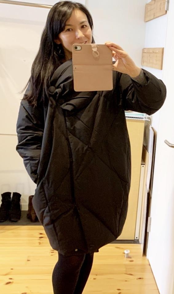 寒い日のお出かけは、コクーンコートで暖かく!_1_1