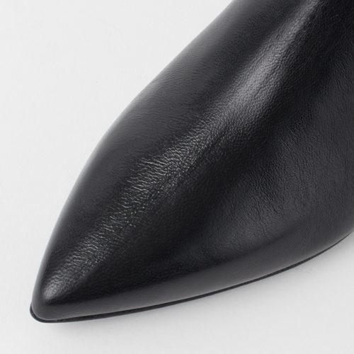 【エクラプレミアム売れ筋まとめ】今秋はこの2タイプがあればいい!黒ショートブーツ&旬スニーカー_1_2