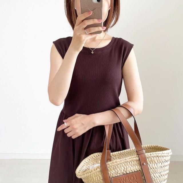 夏のブラウンで品よくこなれる! 大人のプチプラ高見えも叶えるブラウンコーデまとめ 40代ファッション_1_22