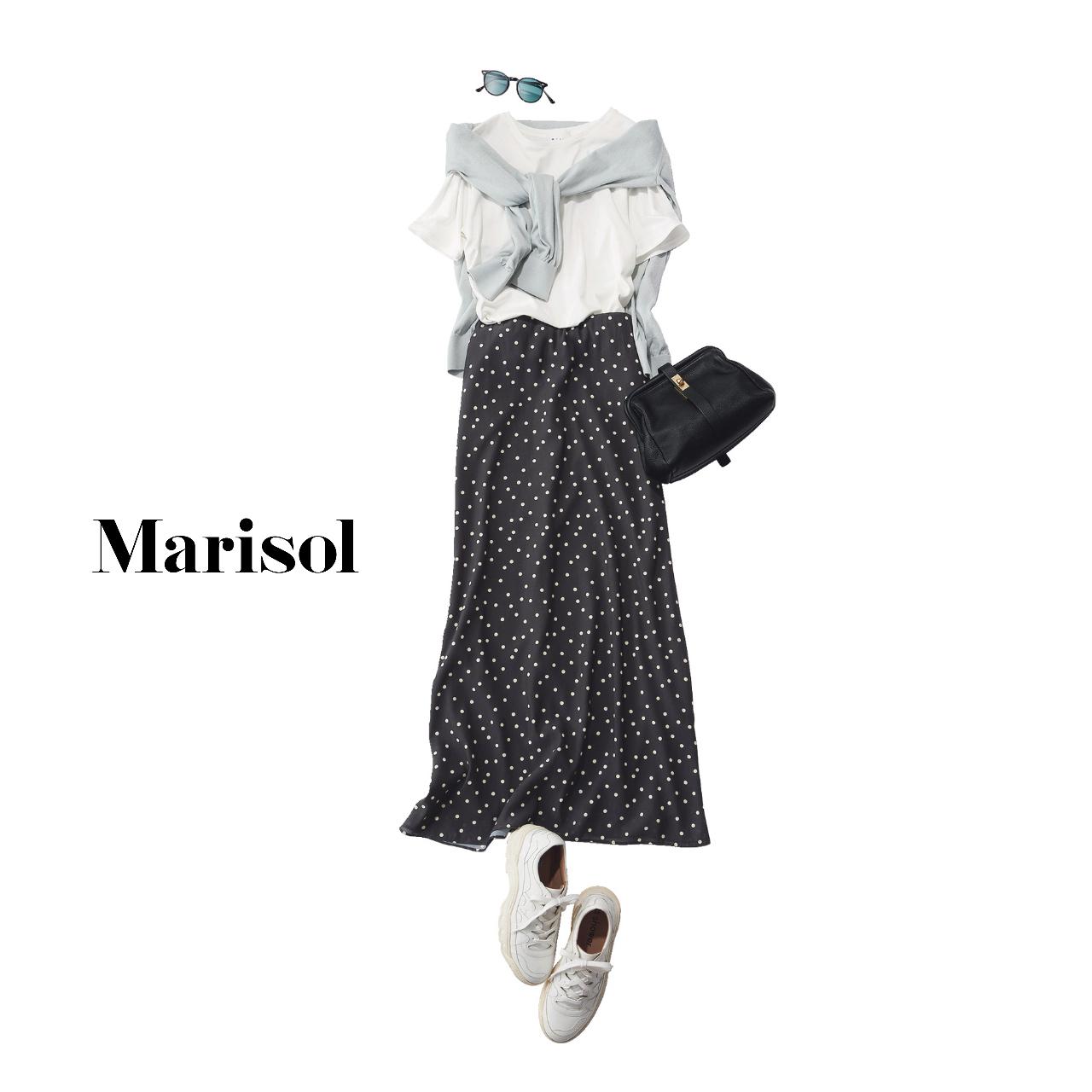 40代ファッション  Tシャツ×ニット×ドット柄ロングスカートトコーデ