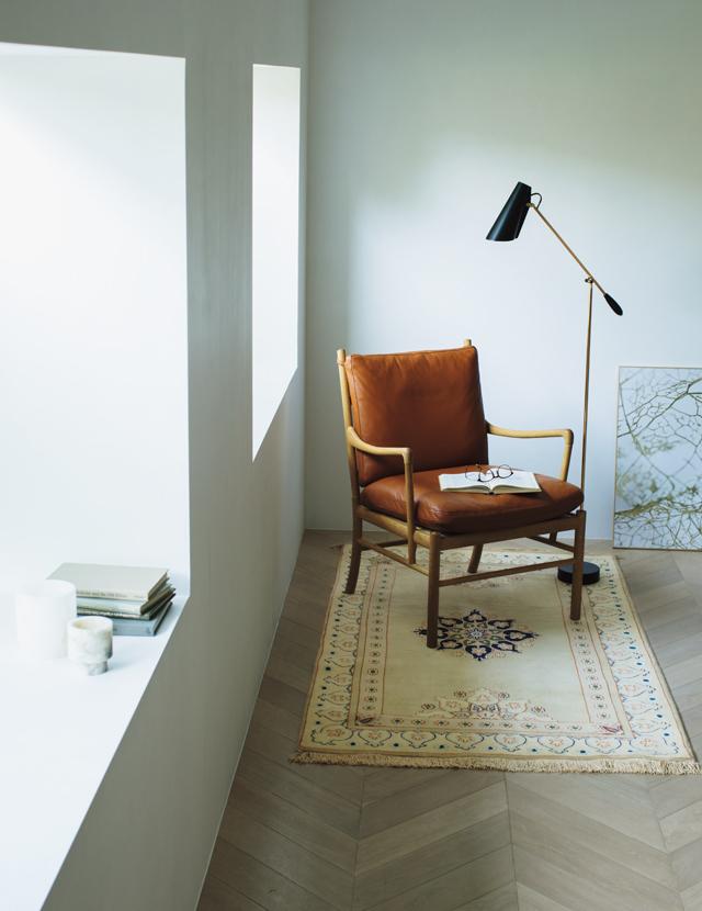 お気に入りの絨毯と椅子でつくるとびきり心地のいいマイスペース