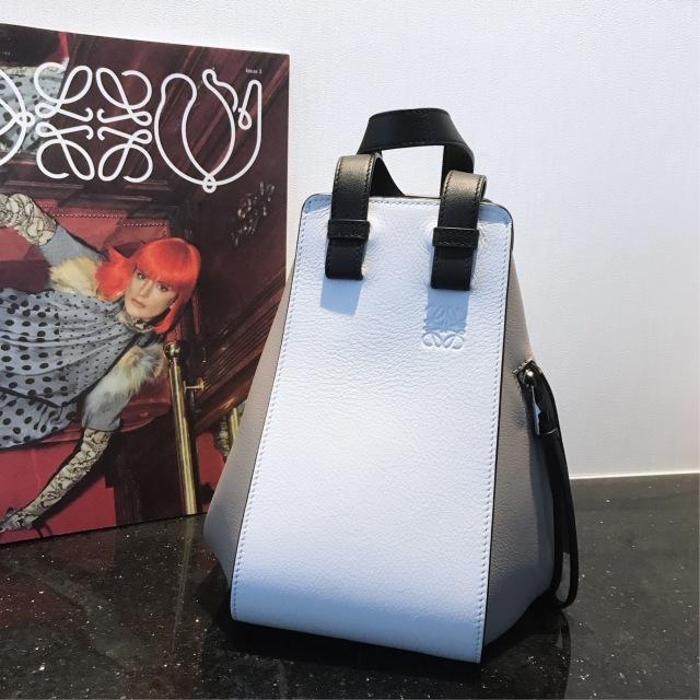バッグも秋色に。ロエベのハンモックバッグに一目惚れ♡_1_1-2