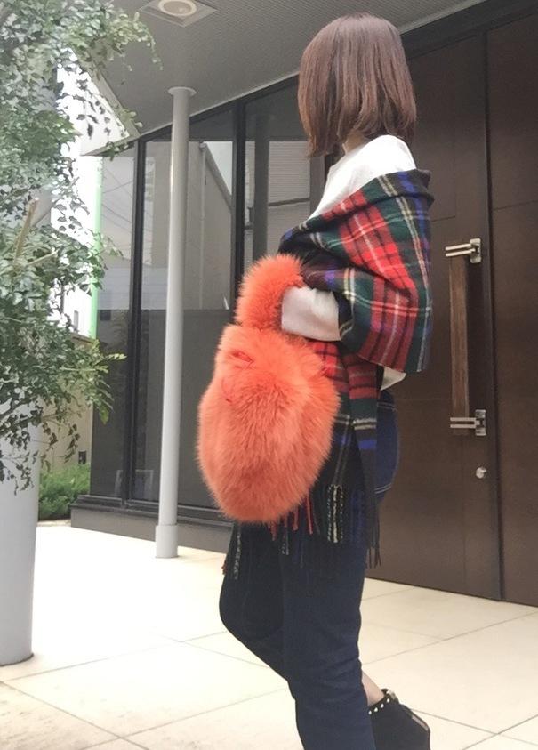 ラドローのふわもこファーバッグで秋冬満喫♡今期はカラーのファーが断然カワイイ♡_1_2