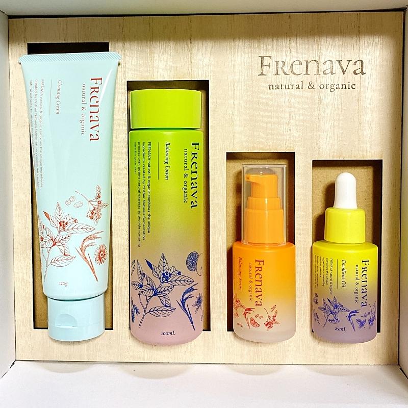 FRENAVAnatural&organic(フレナバナチュラルアンドオーガニック)のボトル