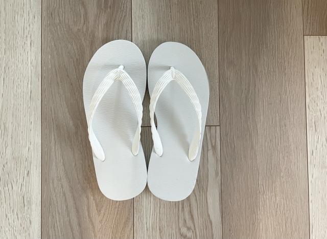 2021夏のビーチサンダルは老舗「げんべい」で【40代 私のクローゼット】_1_3