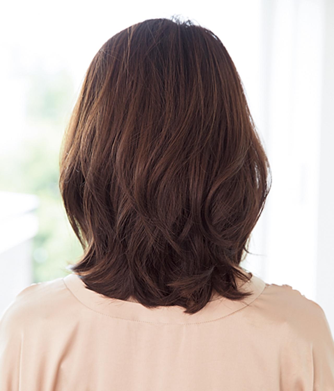 柔らかな印象を醸し出す、ワンレンベースのミディアムヘア【40代のミディアムヘア】_1_3