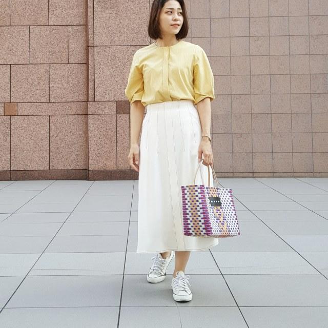 秋晴れの日はきれい色×スカートでYellow Yellow Happy_1_2