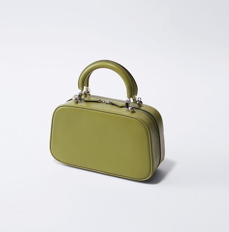 ファッション モワナのバッグ