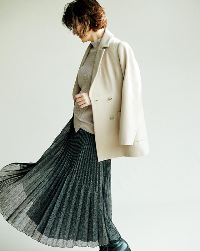 【ジャケット】揺れるスカートに合わせて華やかに、エレガントに装って