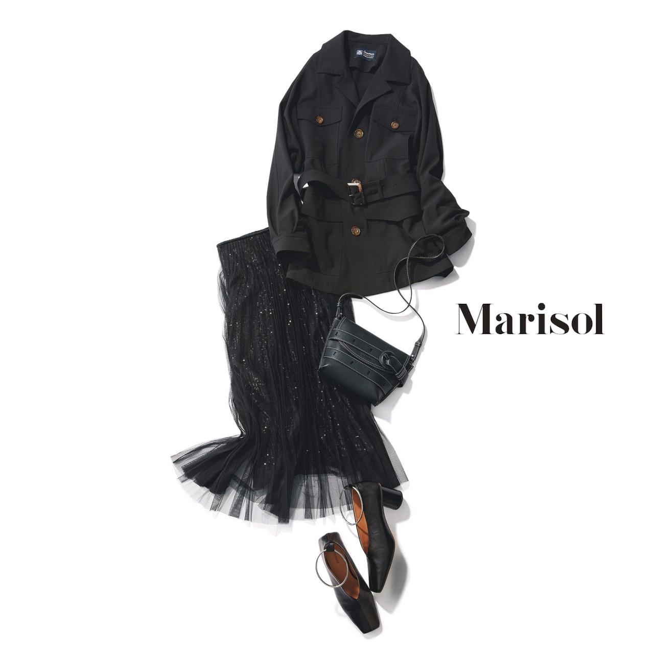 40代ファッション 黒ジャケット×黒チュールスカートコーデ