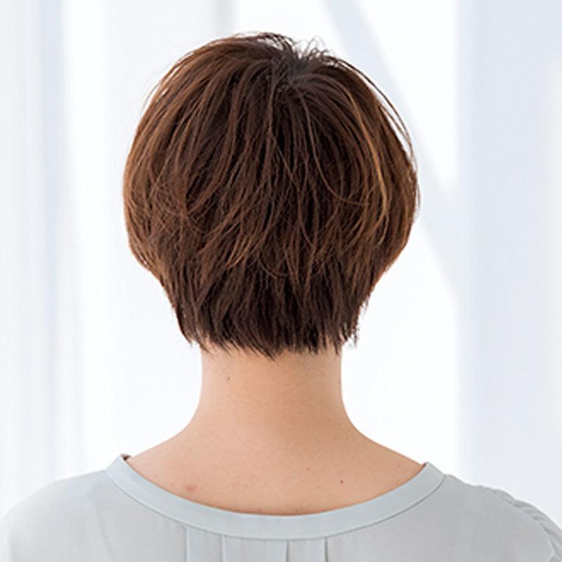 40代に似合う髪型 若見えショートヘアスタイルの後姿