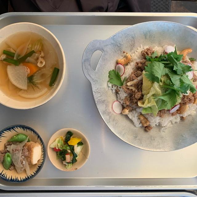ビブグルマンのお店、富ヶ谷のヨヨナムはランチも美味しいベトナム料理を楽しめておすすめです。_1_3