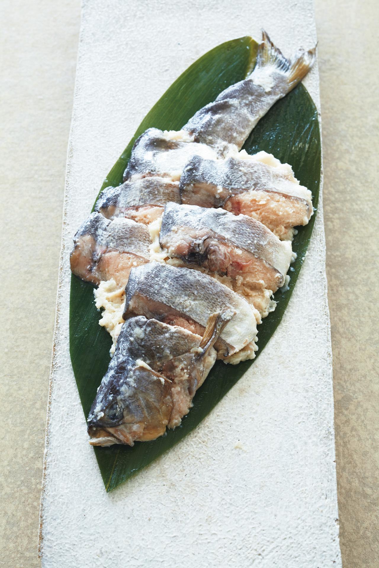 上品でまろやかな味が好評 比良山荘の「鮎なれ寿司」_1_1