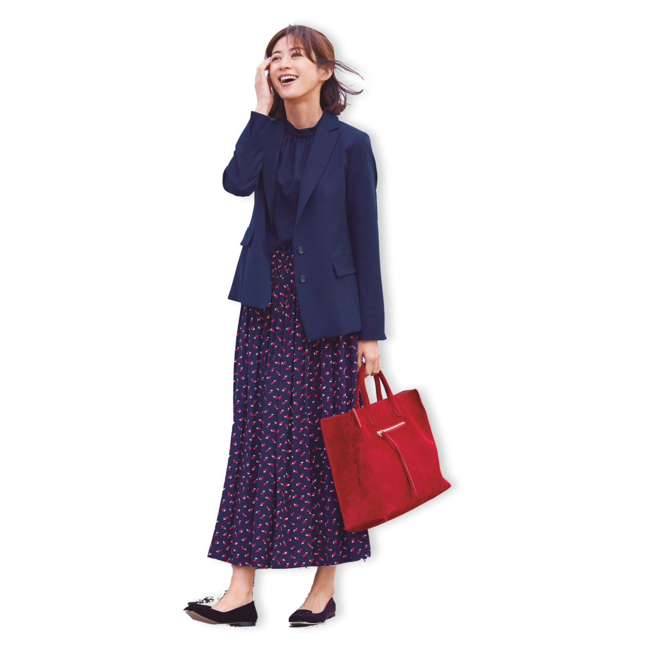 赤バッグ×柄スカートのファッションコーデ