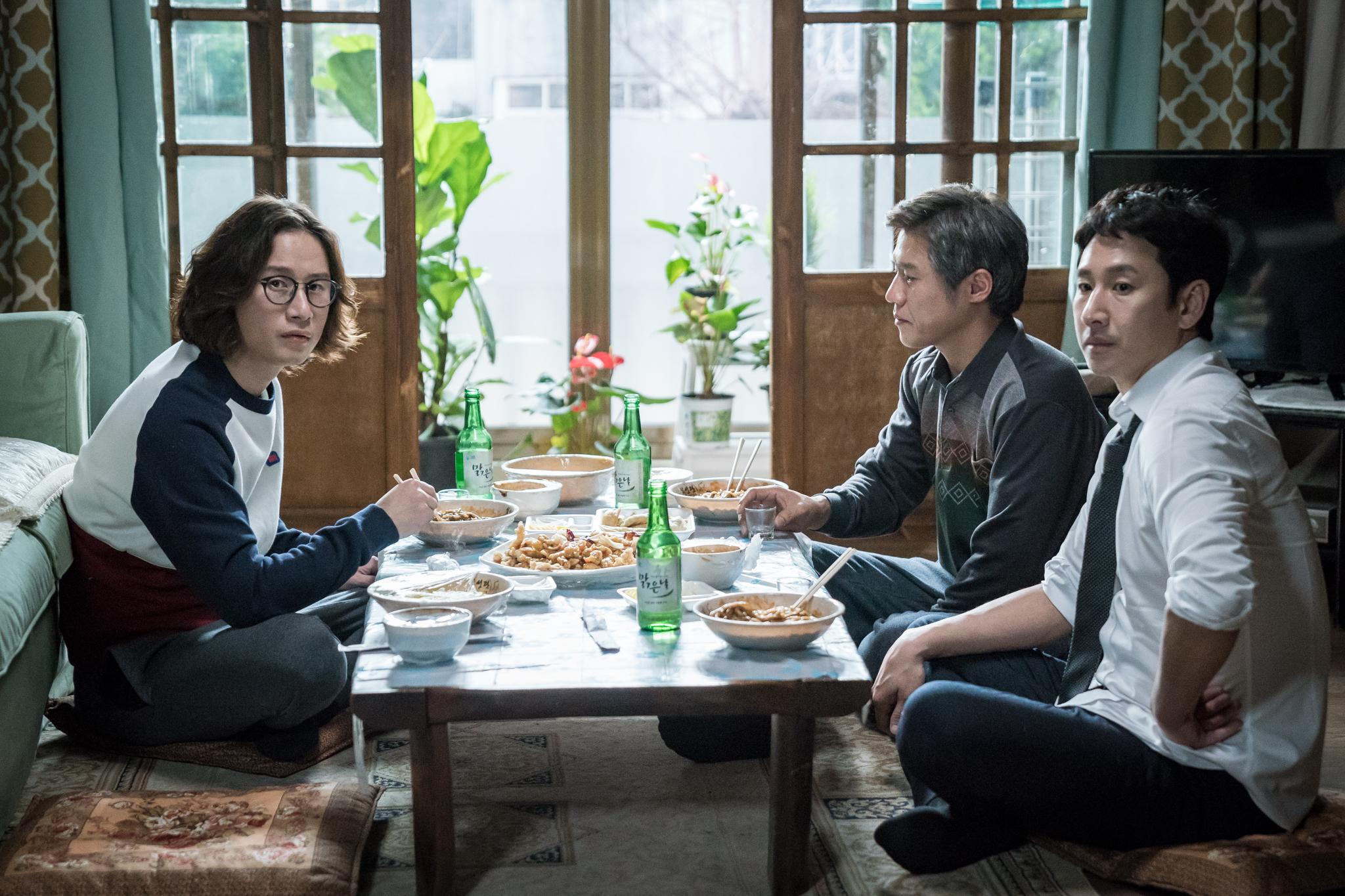 これぞ人生ドラマ、「私のおじさん」のイ・ジウン(IU)さん&イ・ソンギュンさんインタビュー_1_6