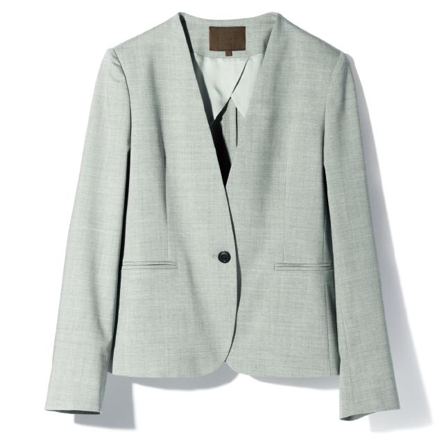 イタリアの老舗メーカー「オーカー.」のテーラードジャケット