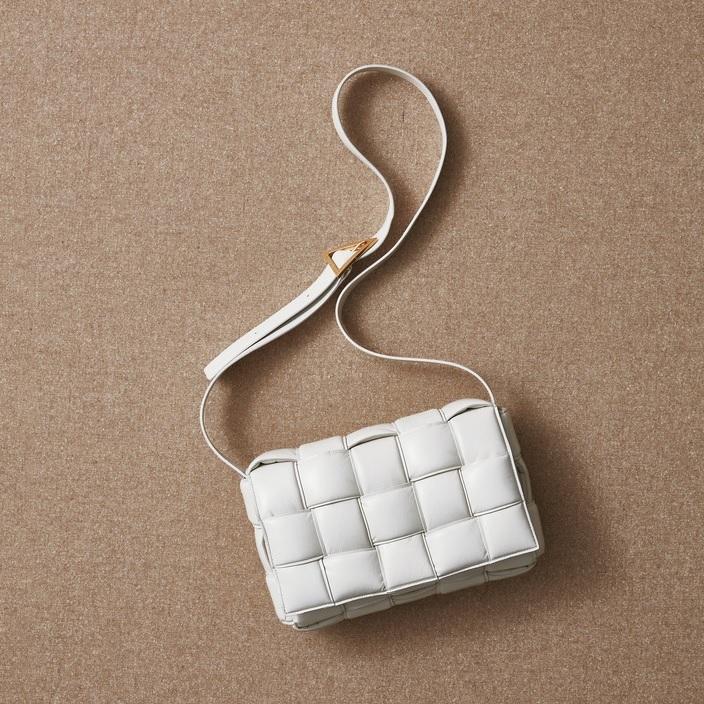 ファッション ボッテガヴェネタのバッグ