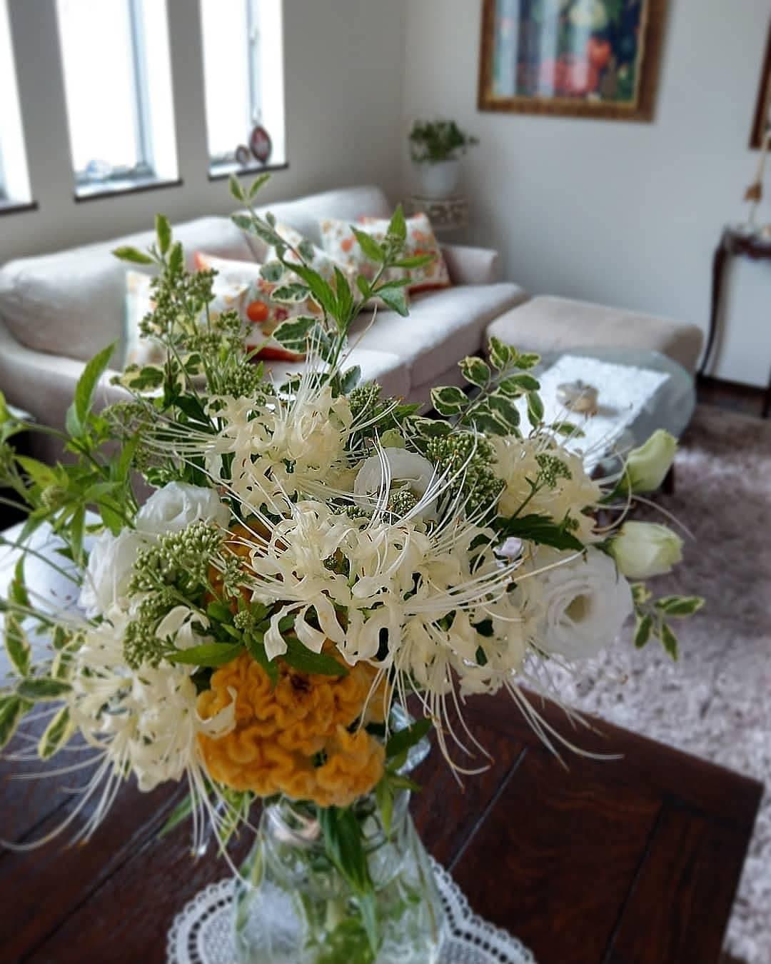 エクラ11月号「日常を素敵に飾る花」_1_6