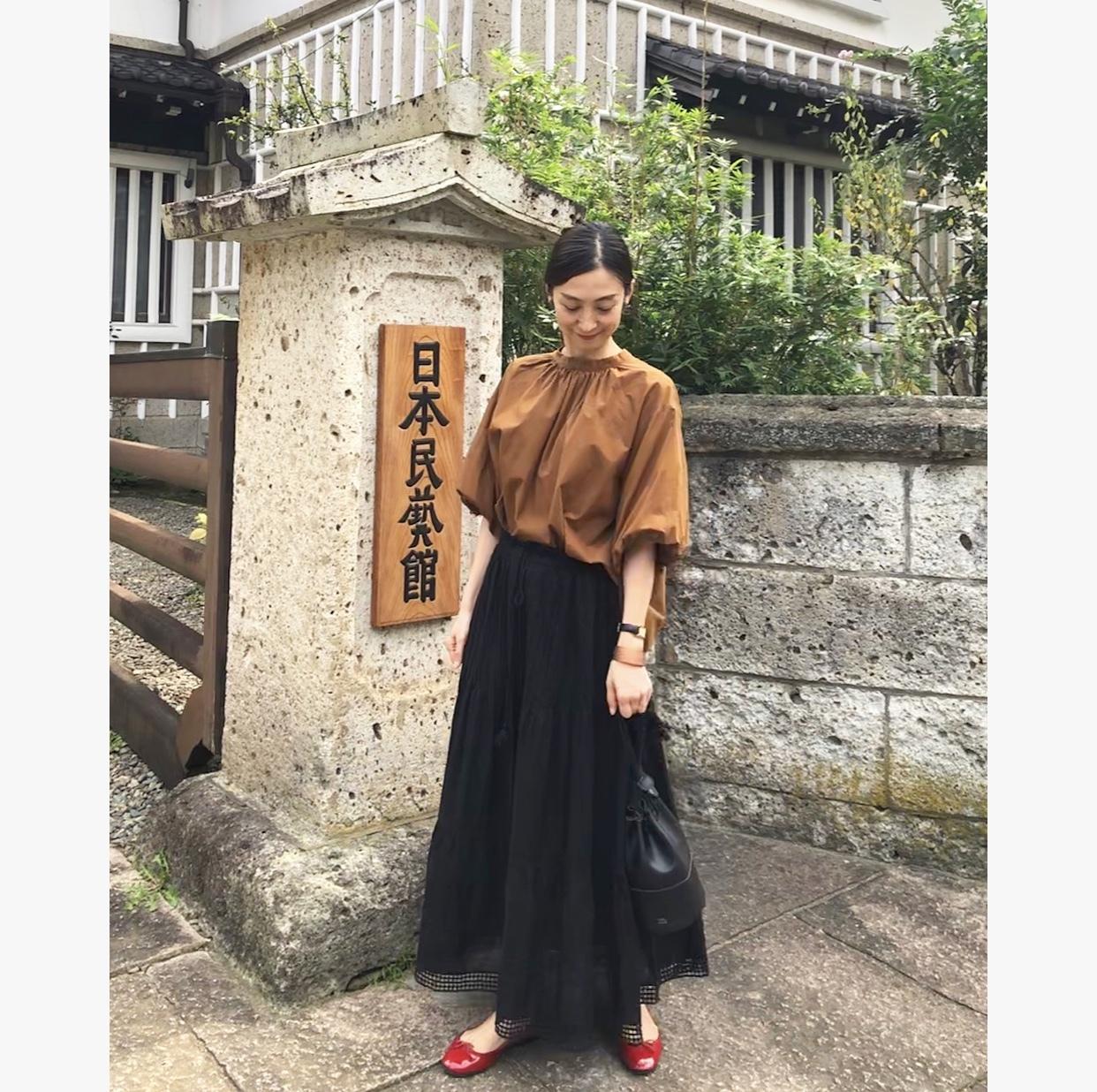 レーススカート+ゆったりトップスで、日本民藝館_1_7