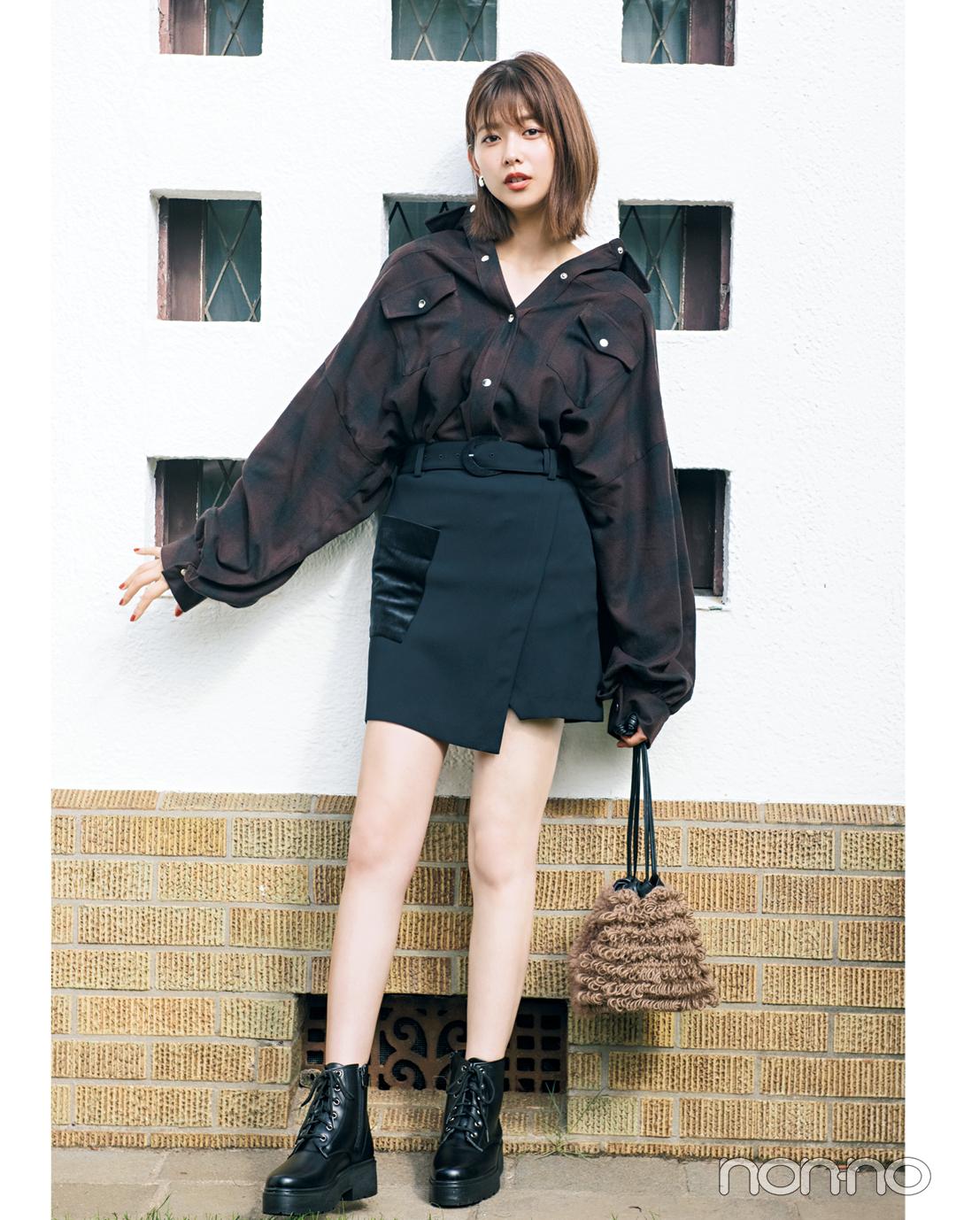 スタイルアップが叶う! ビッグシャツにはミニスカート♡【秋冬トレンド服の正解コーデ教えます】_1_6