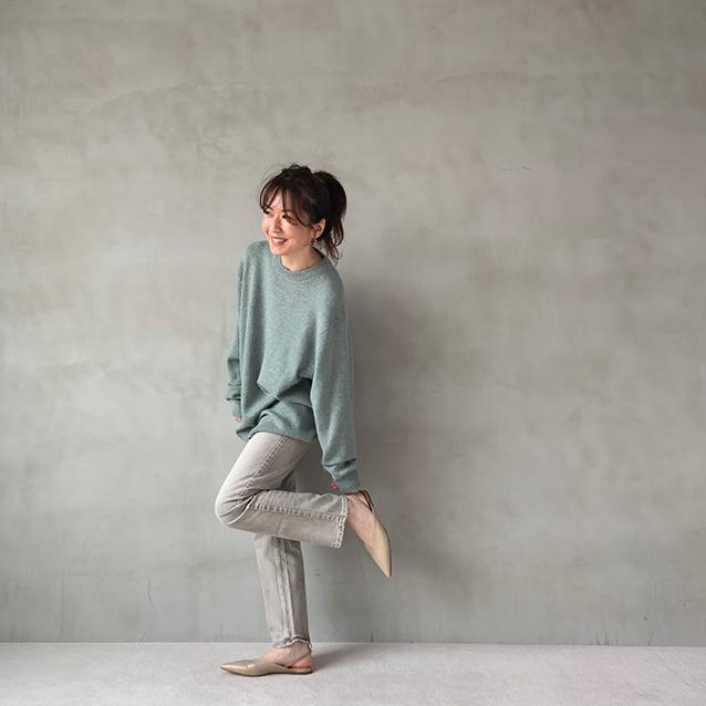 「GU」ソフトラムブレンドクルーネックセーター