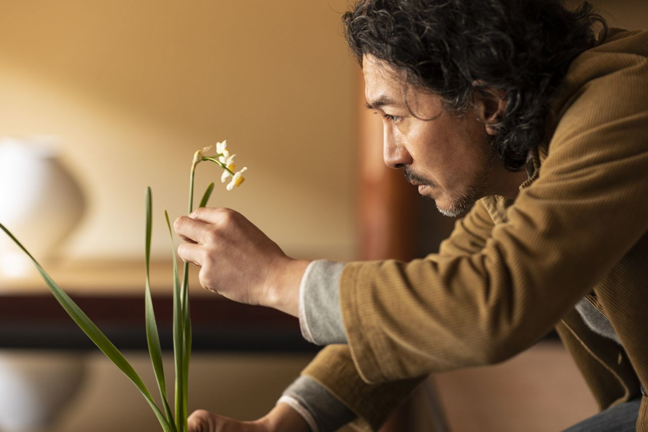 ヴァン クリーフ&アーペル「LIGHT OF FLOWERS ハナの光」水仙