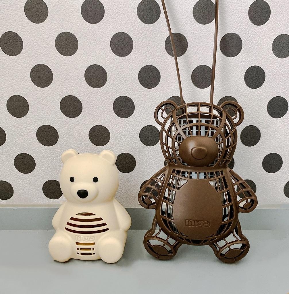バルサンのかわいい虫よけ「虫こないもん 吊り下げタイプ クマ」と、「置くだけタイプ クマ 」