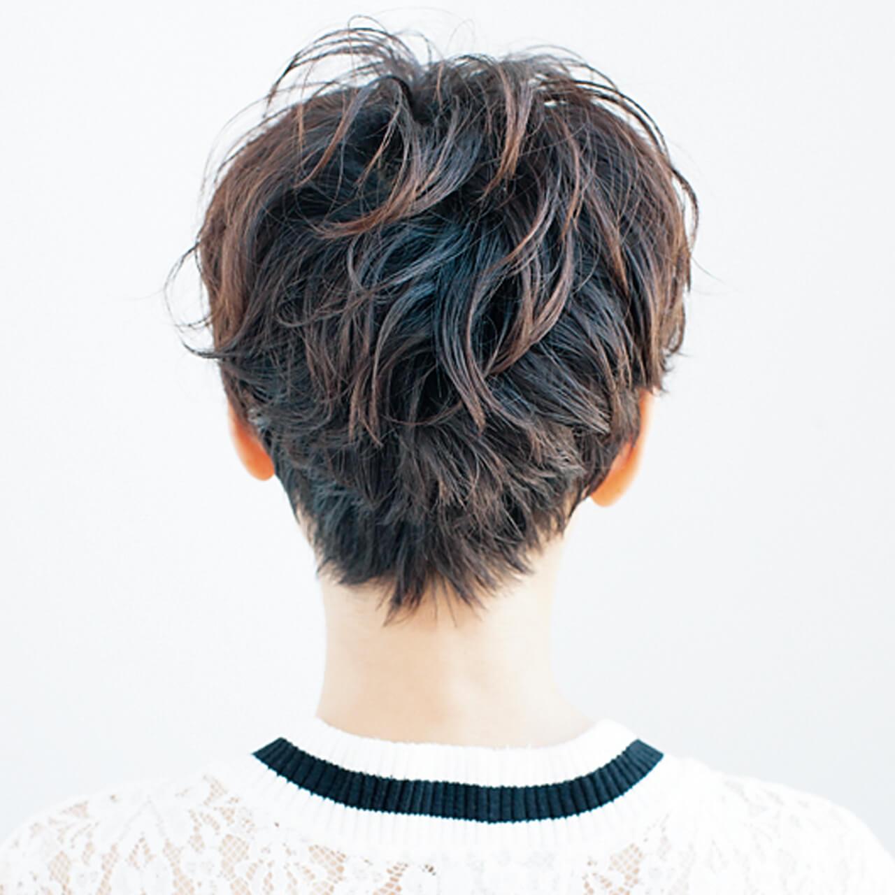 クセ毛を生かしたベリーショートで女らしさアップ!【40代のショートヘア】_1_3