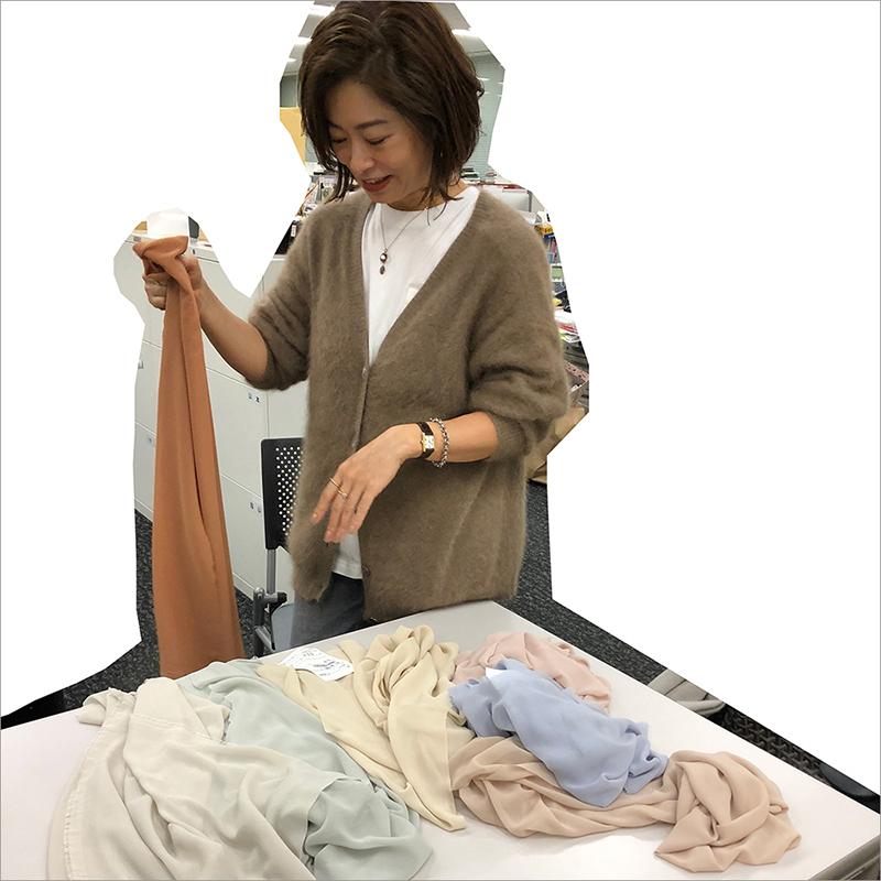きれいめベーシック派エディター・三尋木奈保さん特集|40代ファッション_1_3-2