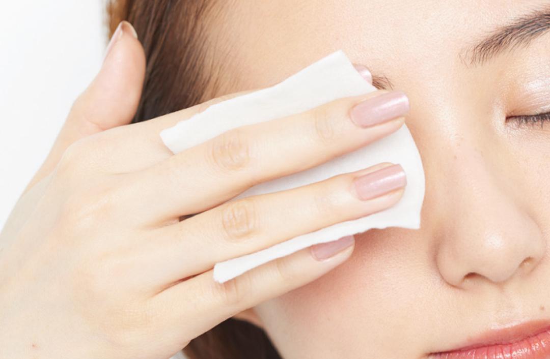お肌の不調は夏の乾燥が原因! 保湿、美白、ニキビetc.お悩みに神回答_1_15