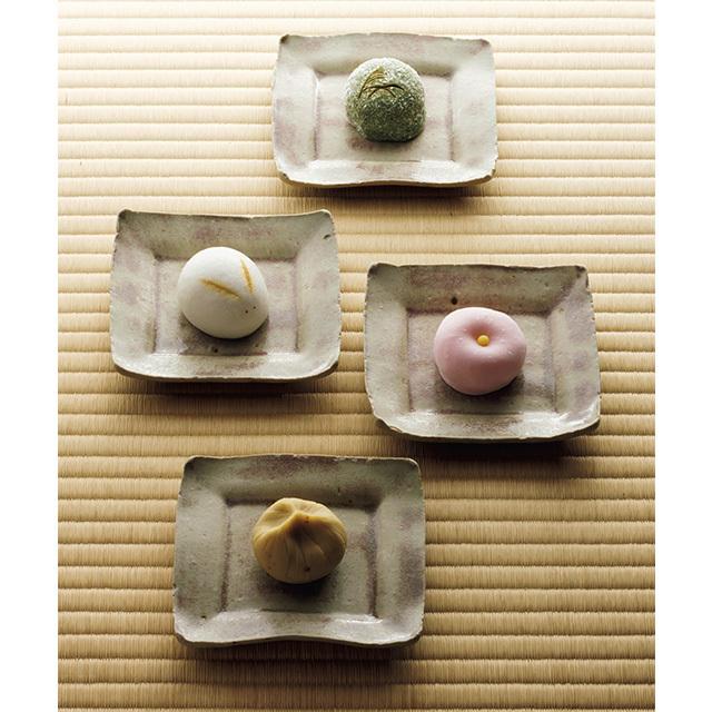 秋の景色や花鳥風月を形や色で表現した生菓子4種