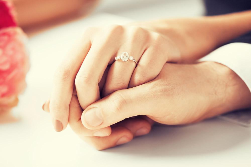 アラフォー独身女に対する「既婚の私と未婚のあなた」という無意識の線引き【小説・じゃない側の女~Side1結婚してない側の女 Vol.2】_1_1