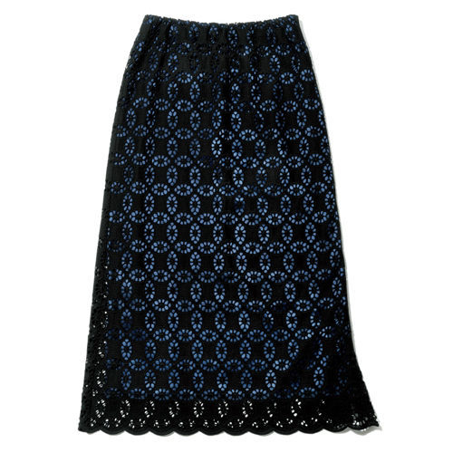 「地曳いく子×éclat」タックスリーブプルオーバー&アイレットレーススカートが大人の女性に最適!_1_3