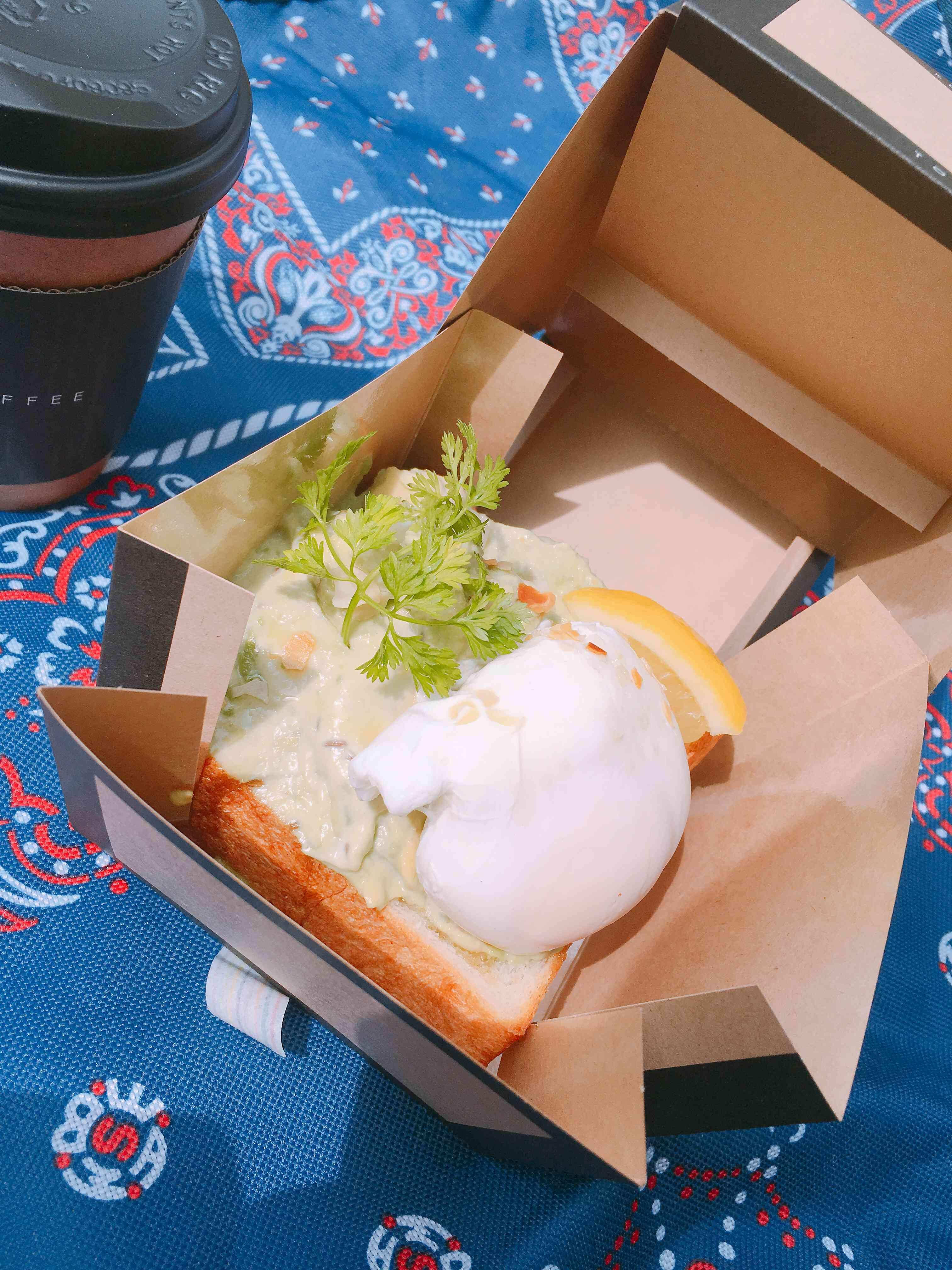 虎ノ門コーヒーのサンドイッチ