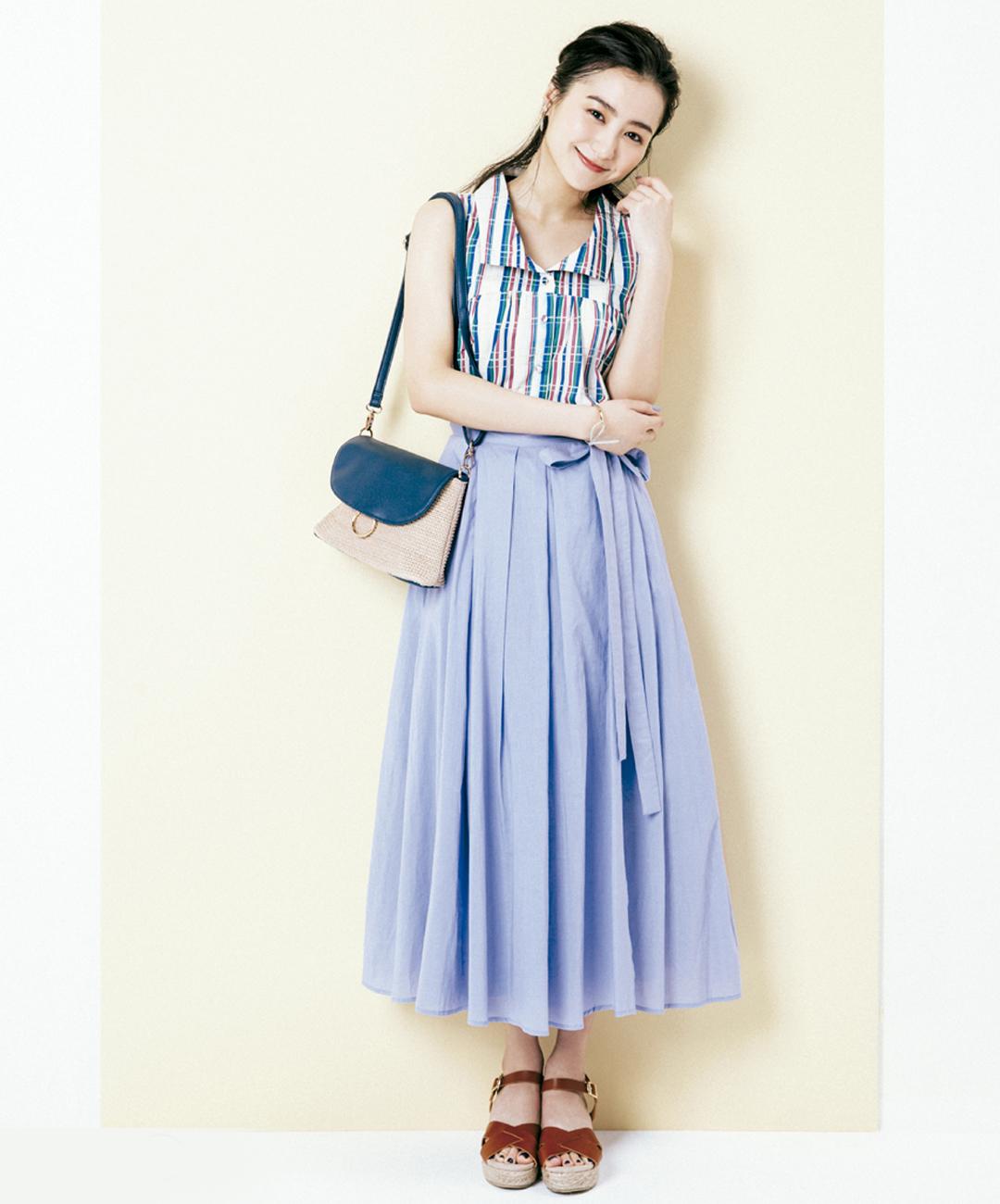 【夏のロングスカートコーデ】高田里穂は、ラベンダー色のロマンチックなスカートで'70年代風レトロシック♡