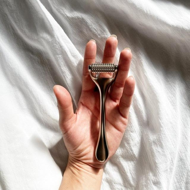 刺さない美容鍼でマスク下のトラブルケア_1_2